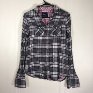 🤩. American Eagle womens flannel size 4 💜